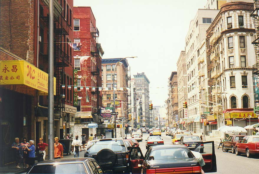 Photo 31-01: Manhattan: Little Italy, So Ho, China Town, near Brooklyn ...