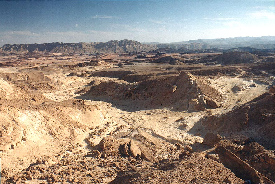 Descending to the south from Mount Ardon, in Ramon Crater. The Middle East