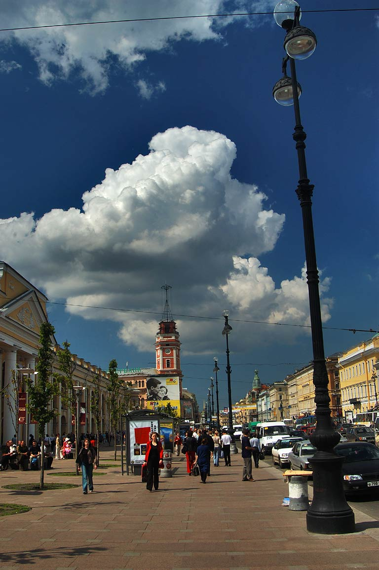 Gostiny Dvor (Guest Yard) and Duma Tower at Nevsky Prospect. St.Petersburg, Russia