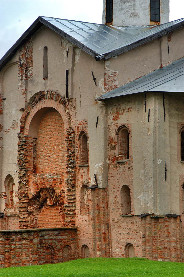 Church of St.Paraskevy Pyatnicy of Yaroslav Courtyard. Novgorod, Russia