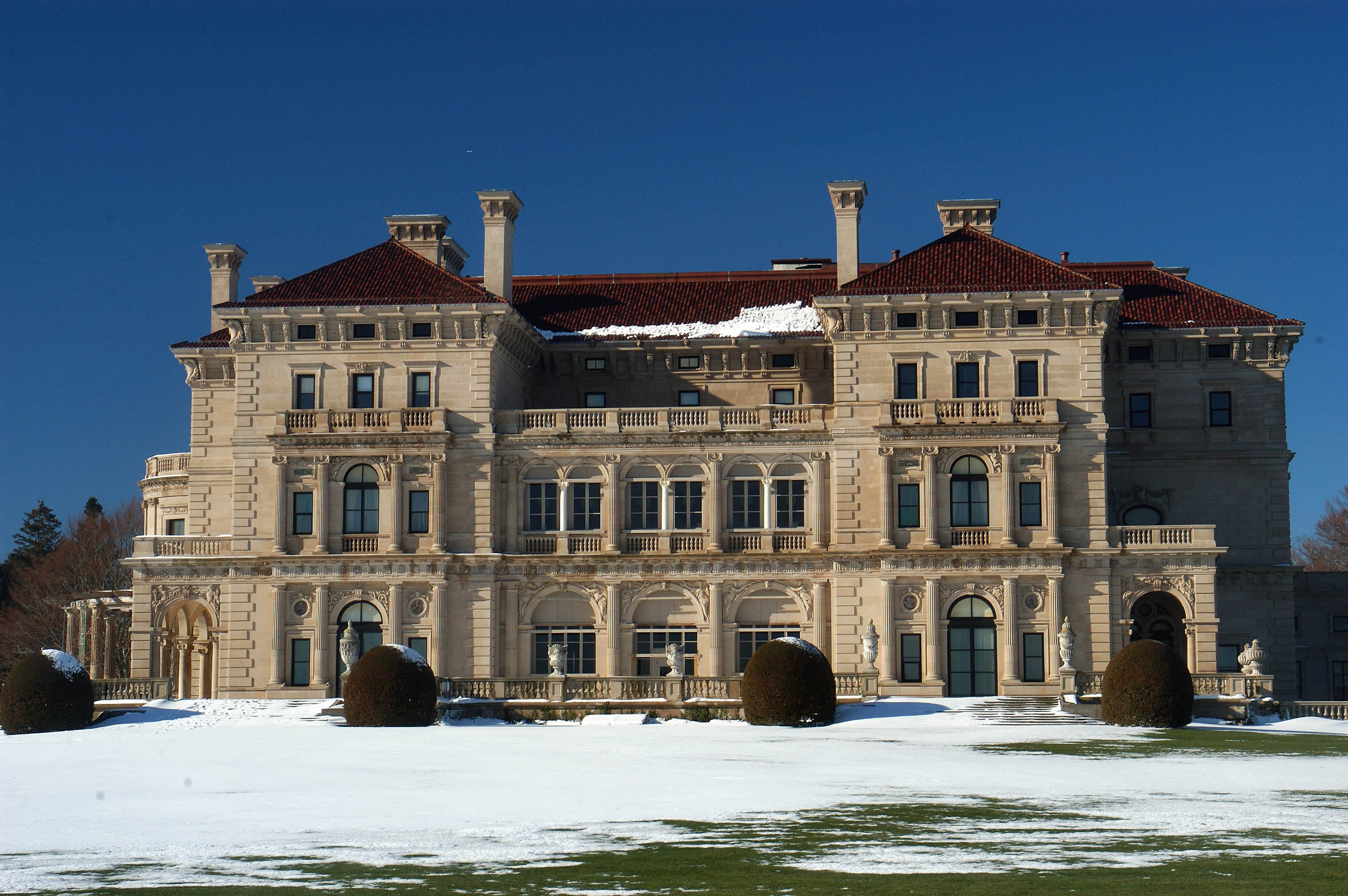 Photo 368-25: The Breakers Mansion in Newport. Rhode Island