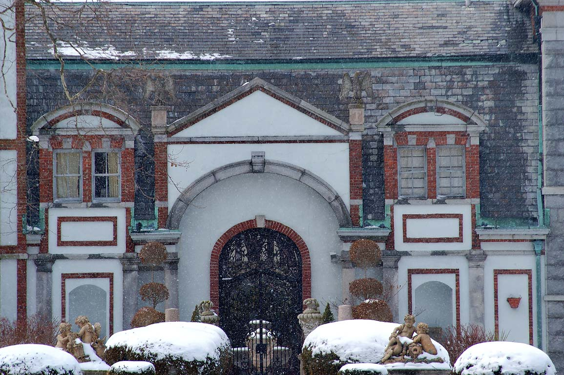 Belcourt Castle Mansion (zoomed) on Bellevue Ave.. Newport, Rhode Island