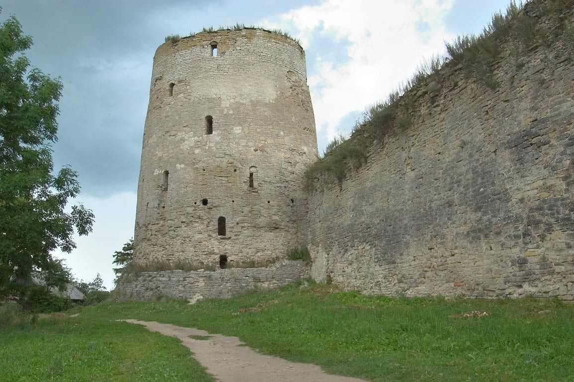 The tower of Temnushka of the ancient fortress Izborsk. Russia
