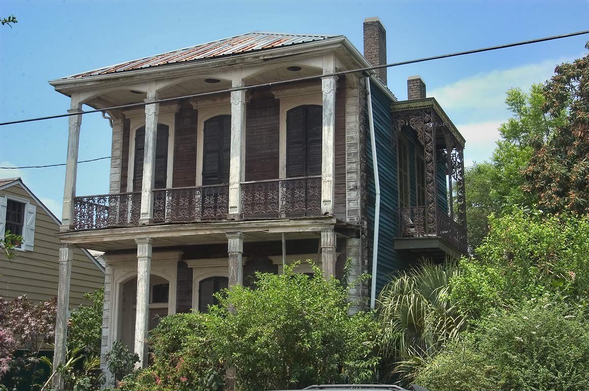 An abandoned double gallery house (1887) at 2613...Seeman). New Orleans, Louisiana