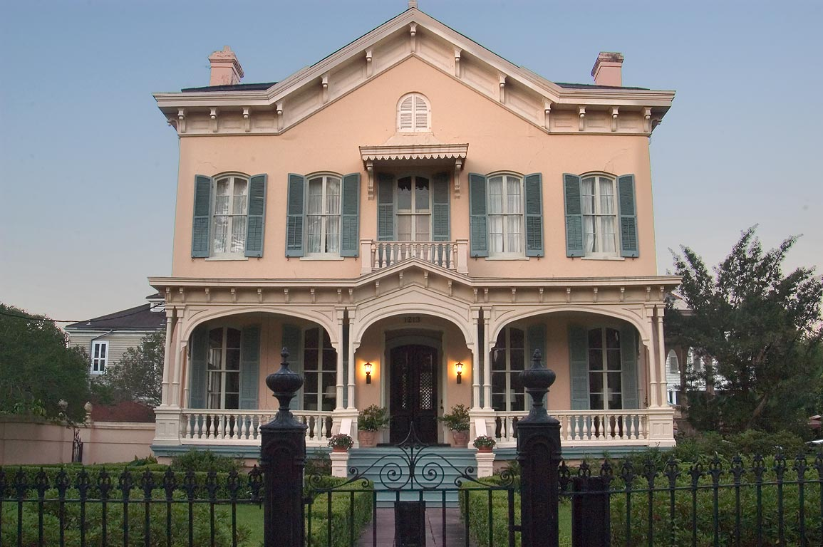 Montgomery-Hero House (1868) at 1213 Third St. in Garden District. New Orleans, Louisiana