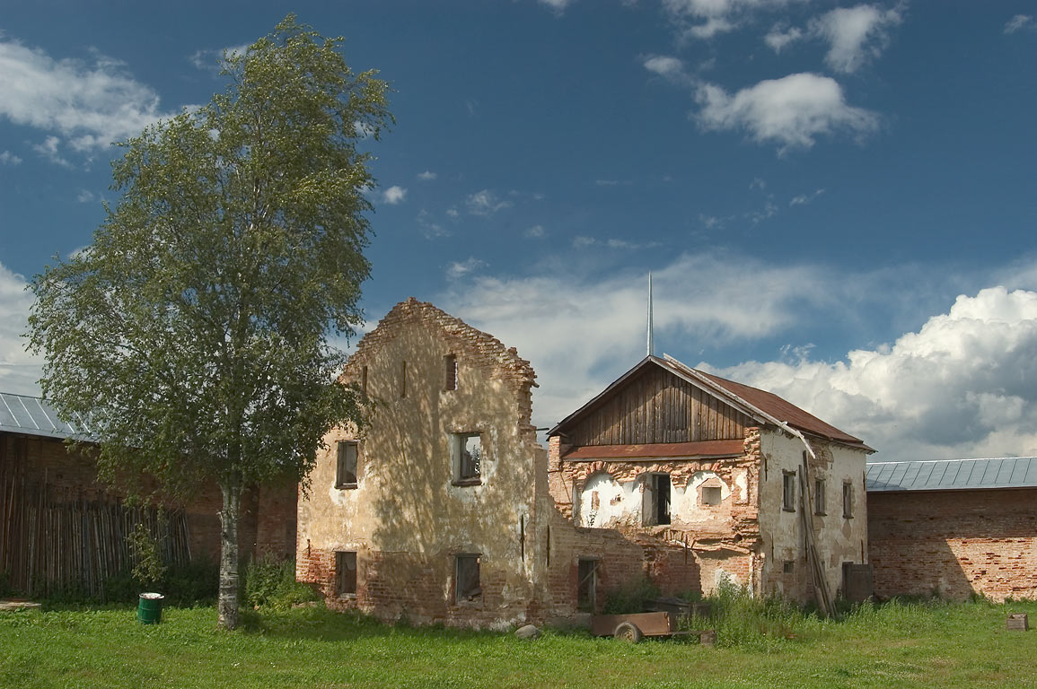 Ruins of monk's barracks in Zelenets Monastery. Leningrad Region, Russia