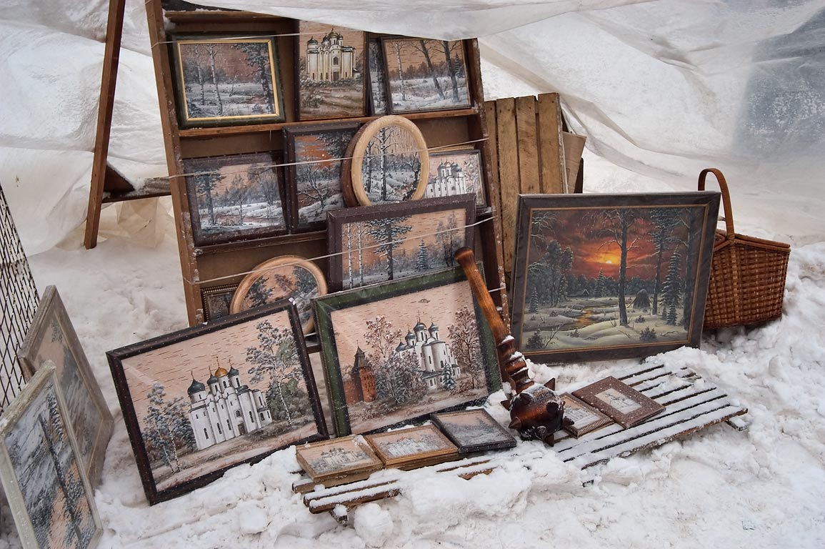 Souvenirs for sale for tourists in front of Kremlin. Novgorod, Russia