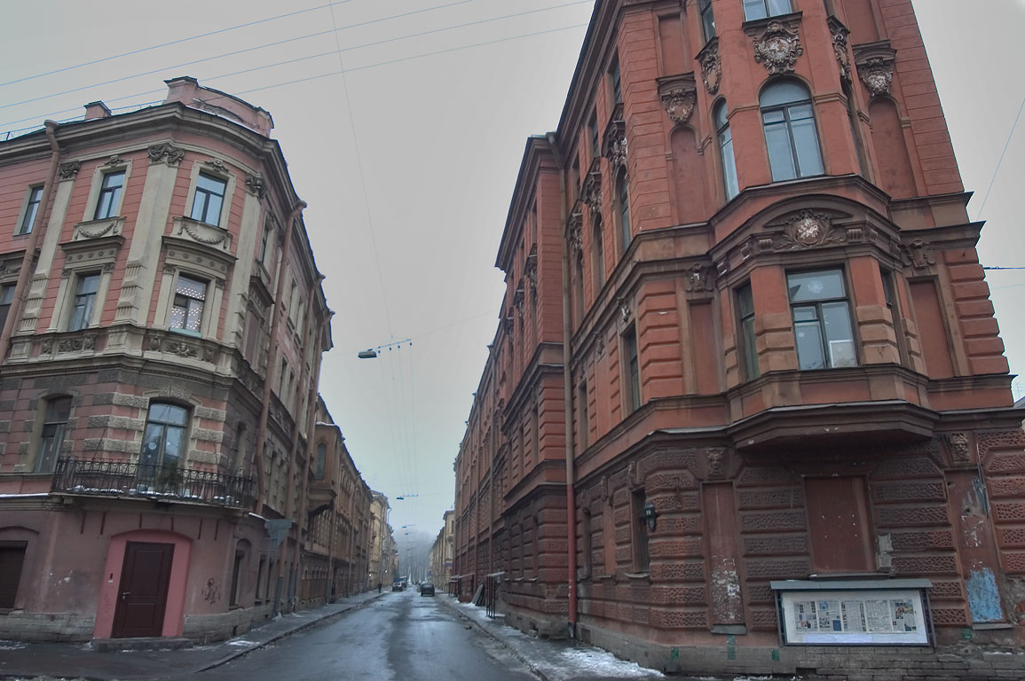 A street somewhere near Letniy Sad. St.Petersburg, Russia