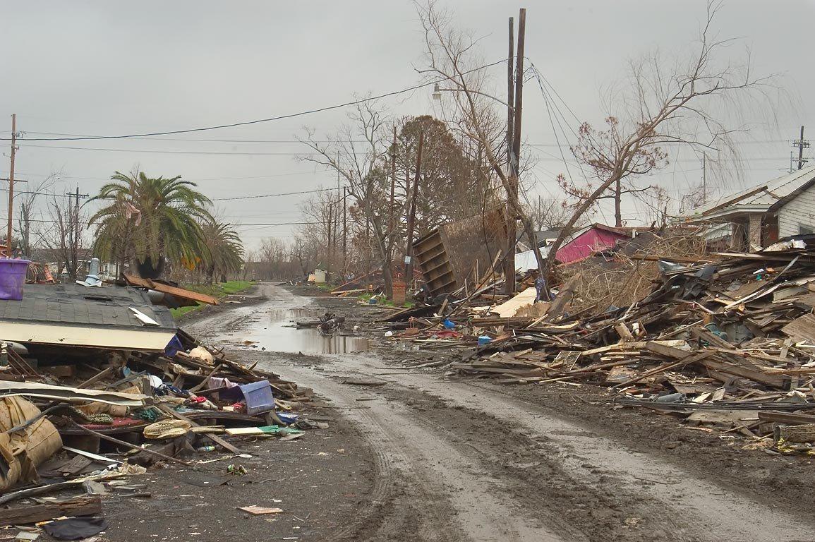 2400 block of Tupelo St. in Lower Ninth Ward (two...the piles). New Orleans, Louisiana