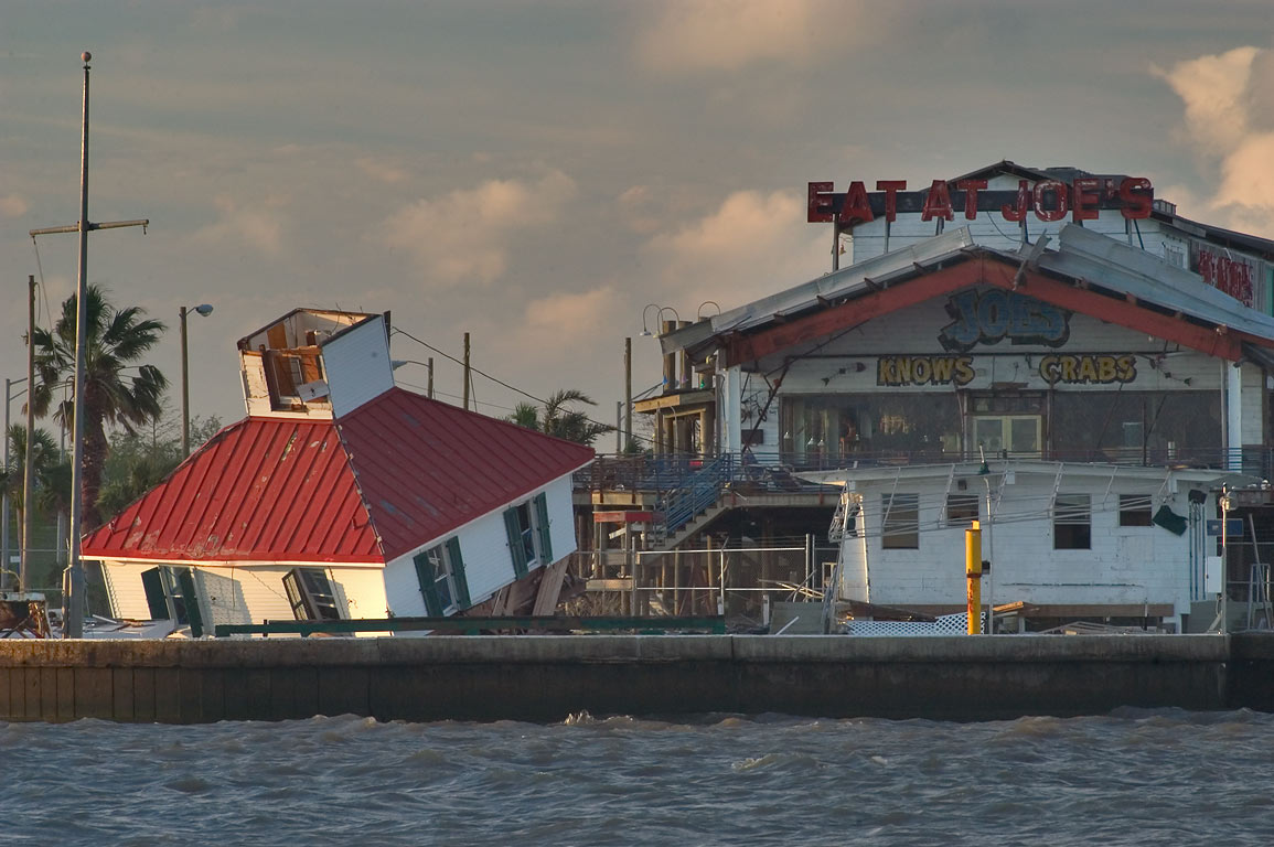 New Canal Lighthouse and Joe's seafood restaurant...Breakwater Dr.. New Orleans, Louisiana