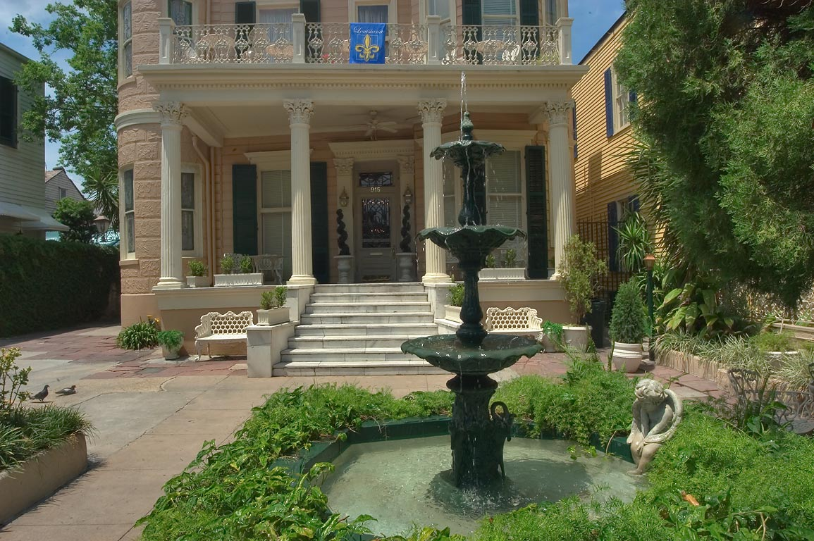 A courtyard of Cornstalk Fence Hotel at 915 Royal...French Quarter. New Orleans, Louisiana