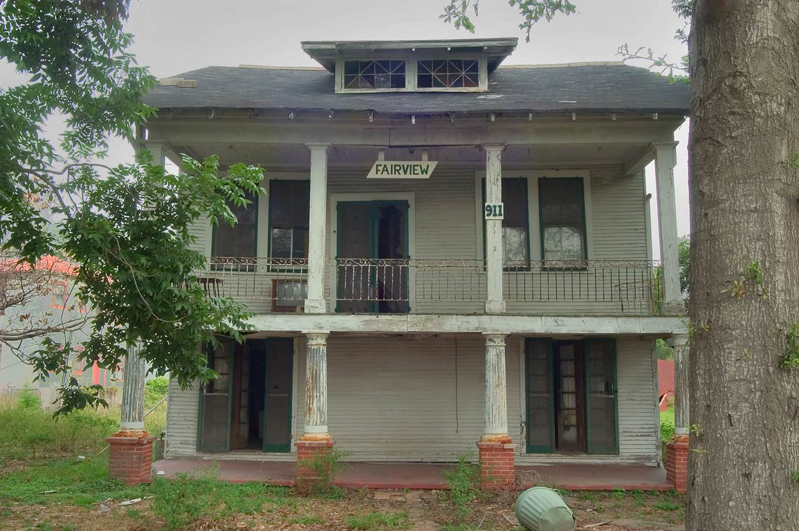 Fairview Plantation at 911 West Moss St. near...neighborhood. New Orleans, Louisiana