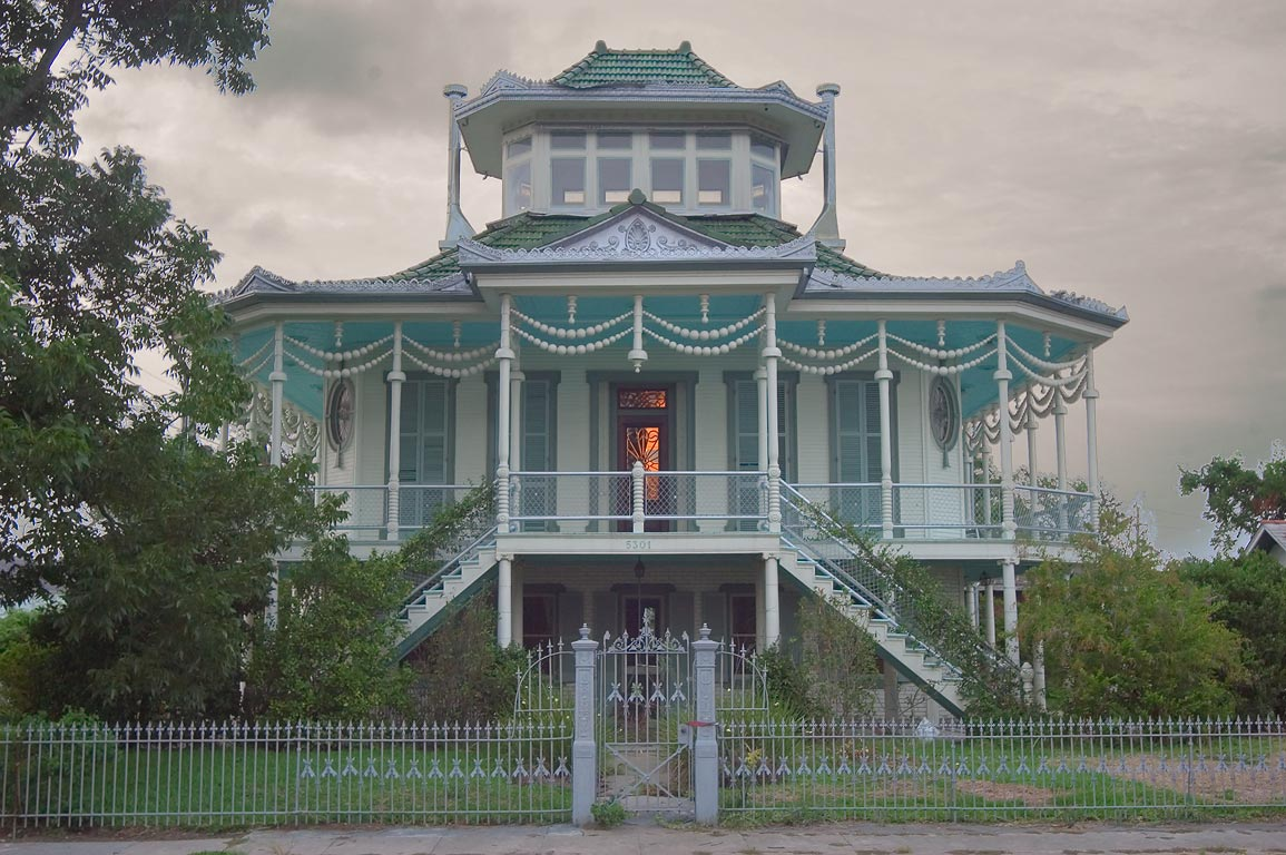 Doullut Steamboat House No. 2 (1913) at 503...neighborhood. New Orleans, Louisiana