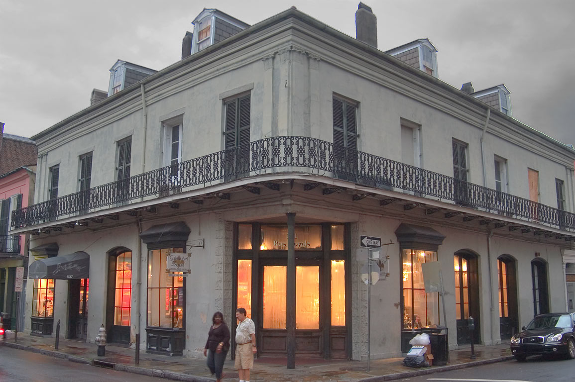 Galerie d'Art Francais at a corner of 541 Royal...French Quarter. New Orleans, Louisiana