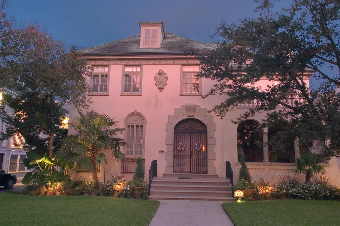 Dahlberg House (1926) at 199 Audubon Blvd. near...St. at evening. New Orleans, Louisiana