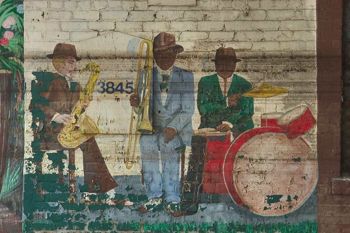 Jazz band on a mural decorating jail facilities...Gravier St.. New Orleans, Louisiana