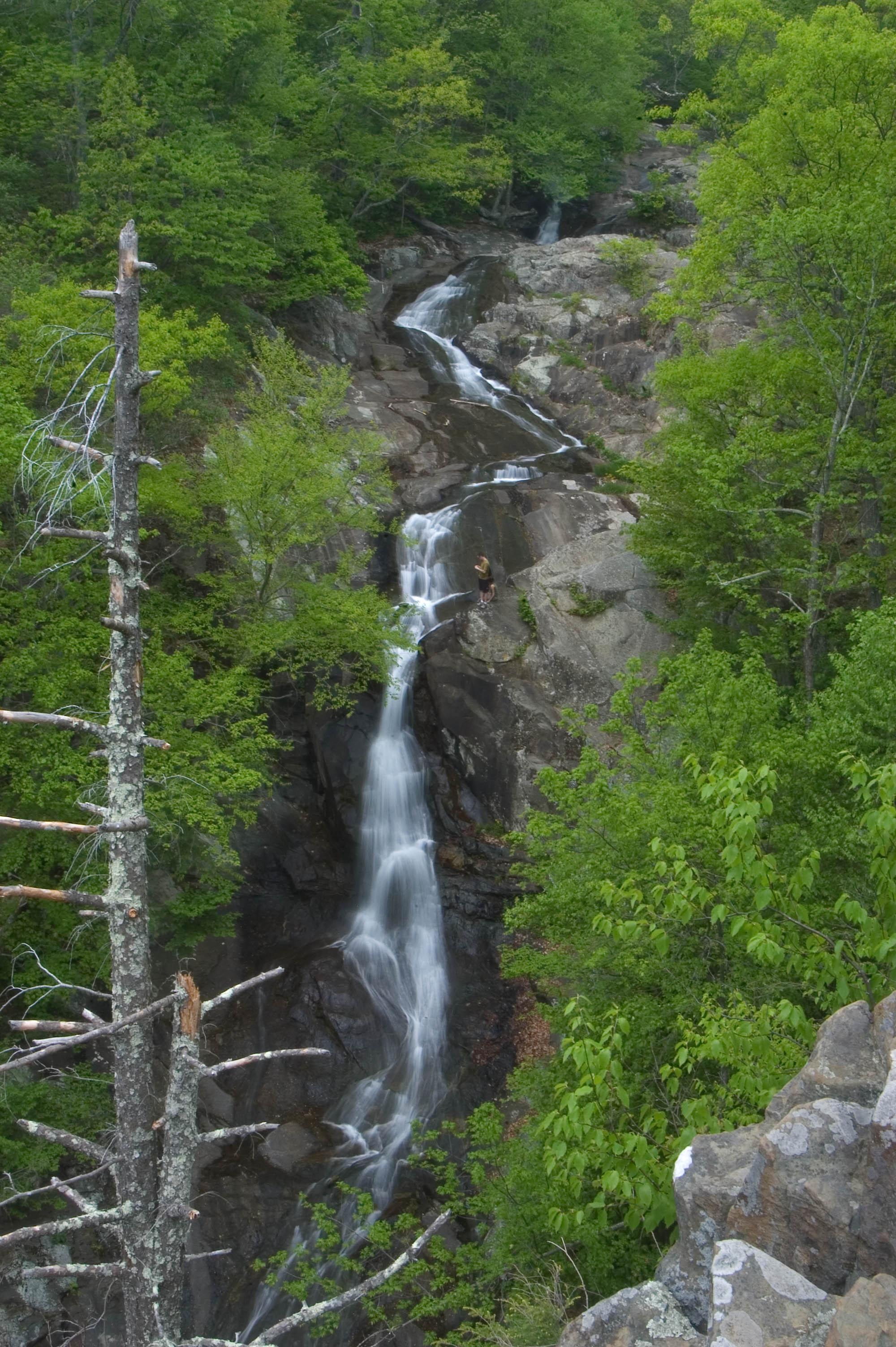 Photo upper whiteoak falls near skyline dr