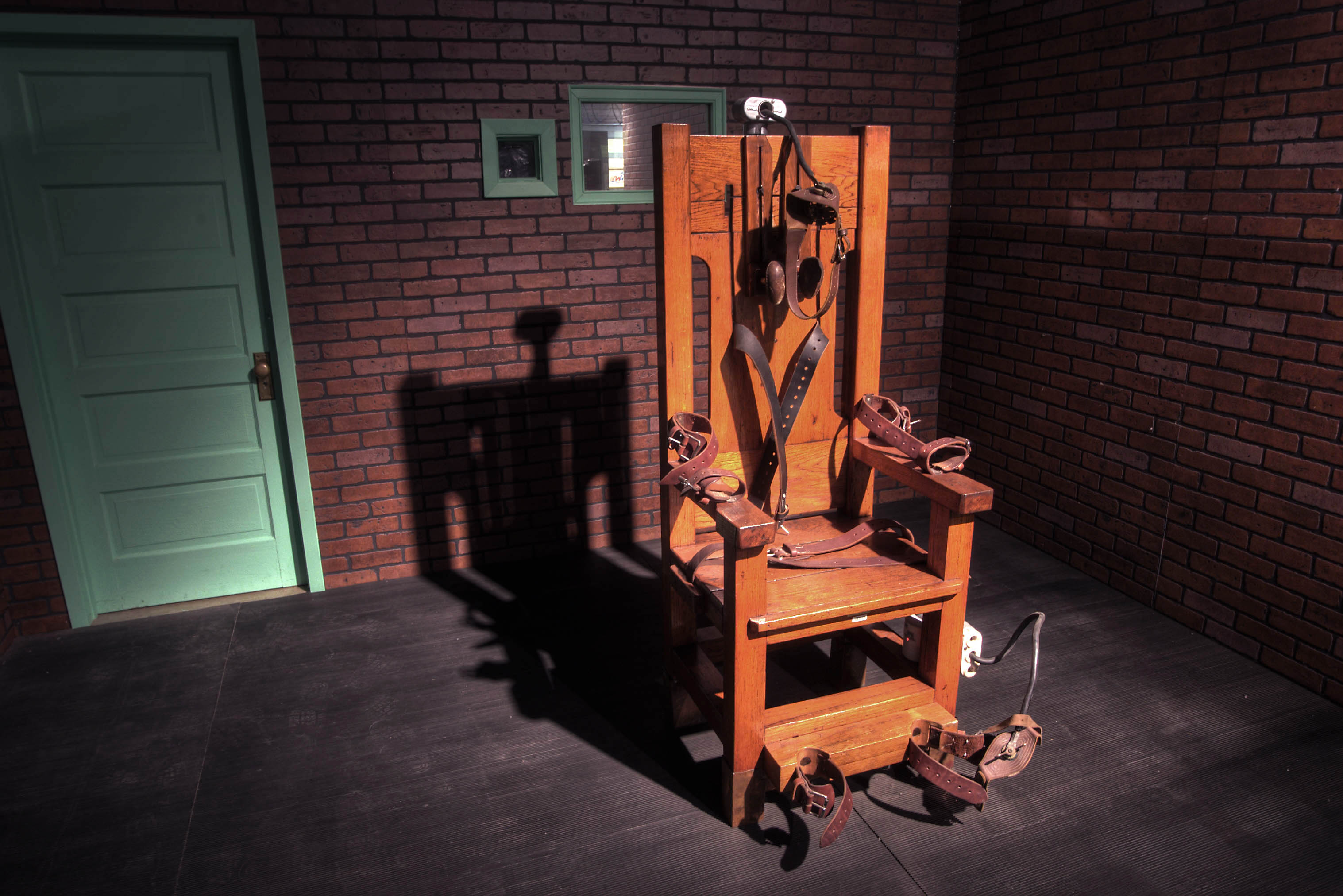 Photo 618 04 Old Sparky Electric Chair Used For Capital