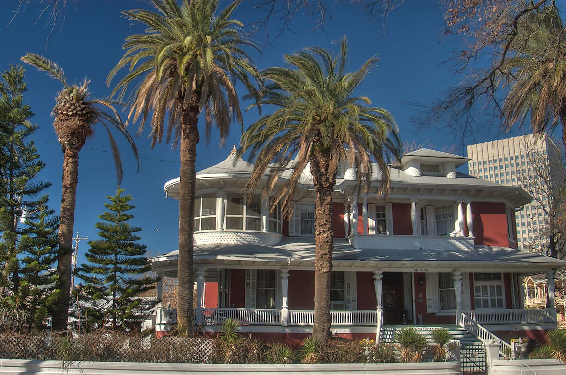 "Isaac Heffron house (1899), now ""Victorian Inn...near Postoffice St.. Galveston, Texas"