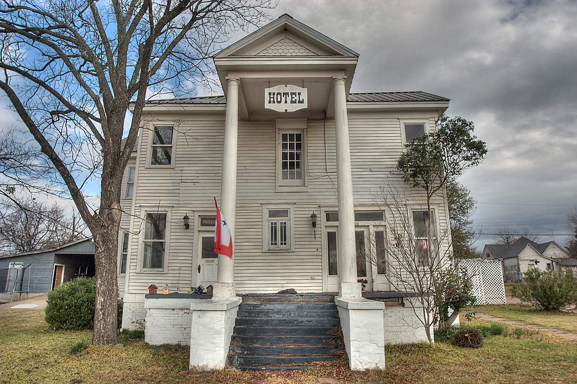 Calvert Hotel (Dirr Cottage, 1872) at 408 Railroad St.. Calvert, Texas