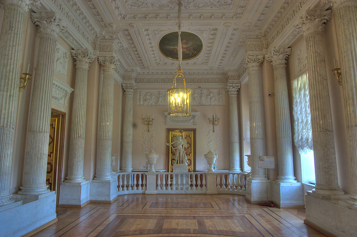 Marble Dining Room of Gatchina Palace. Gatchina, a suburb of St.Petersburg, Russia