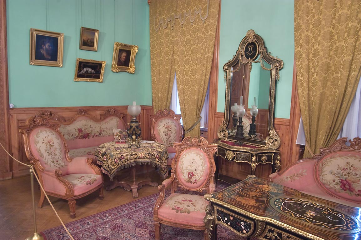 Henry II Parlor of Yusupov Palace. St.Petersburg, Russia