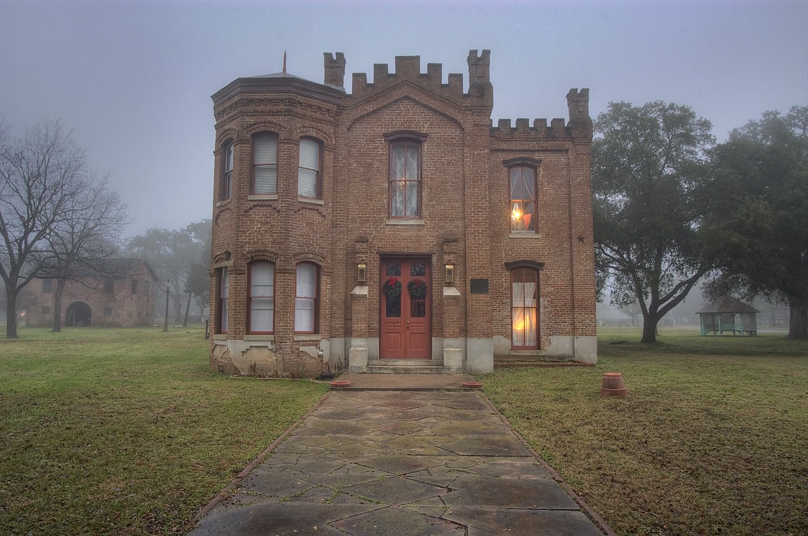 Hammond House (c. 1876), a former courthouse and jail, at 604 Elm St.. Calvert, Texas