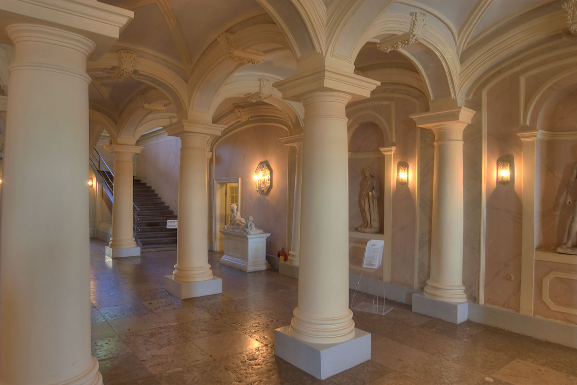 Hall with columns in Menshikovsky Palace in St.Petersburg, Russia