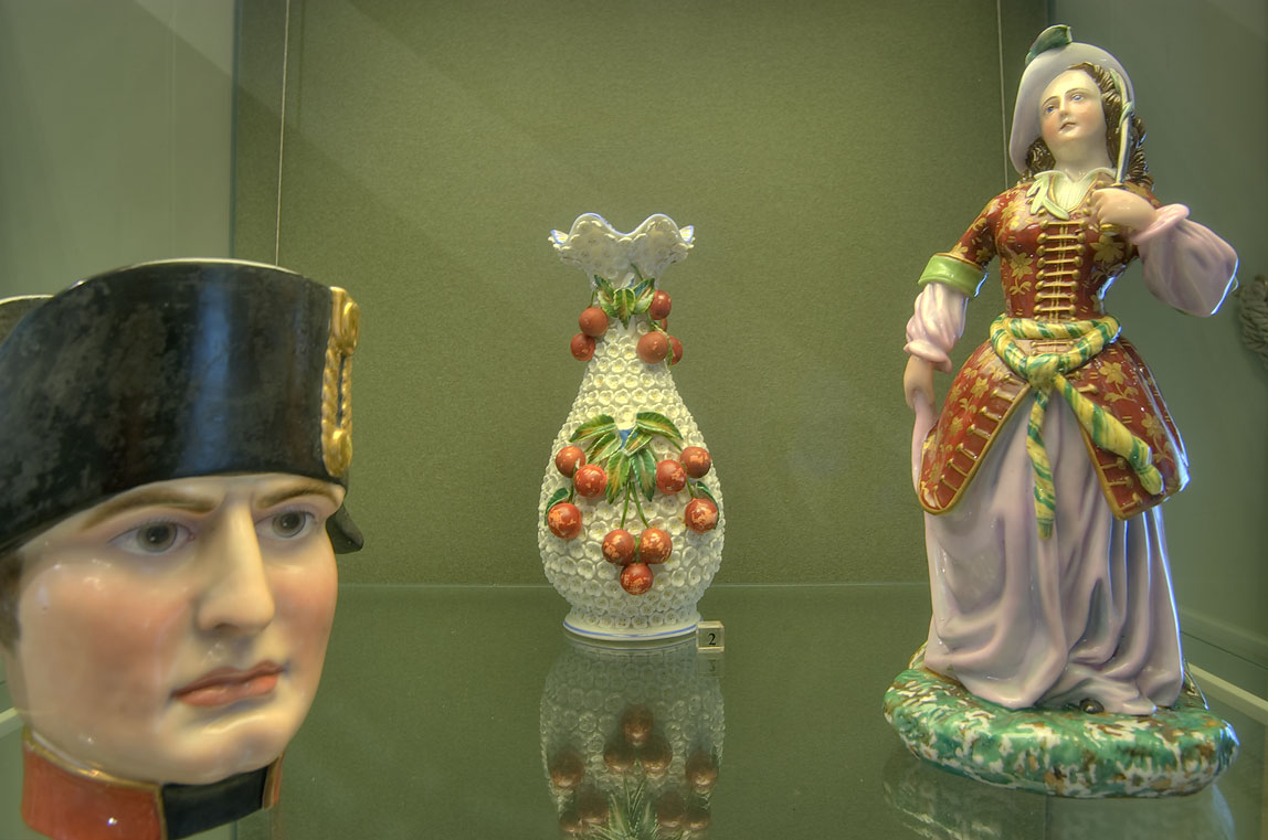 Porcelain decorations in Mikhaylovsky Castle (Inzhenernyi Zamok). St.Petersburg, Russia