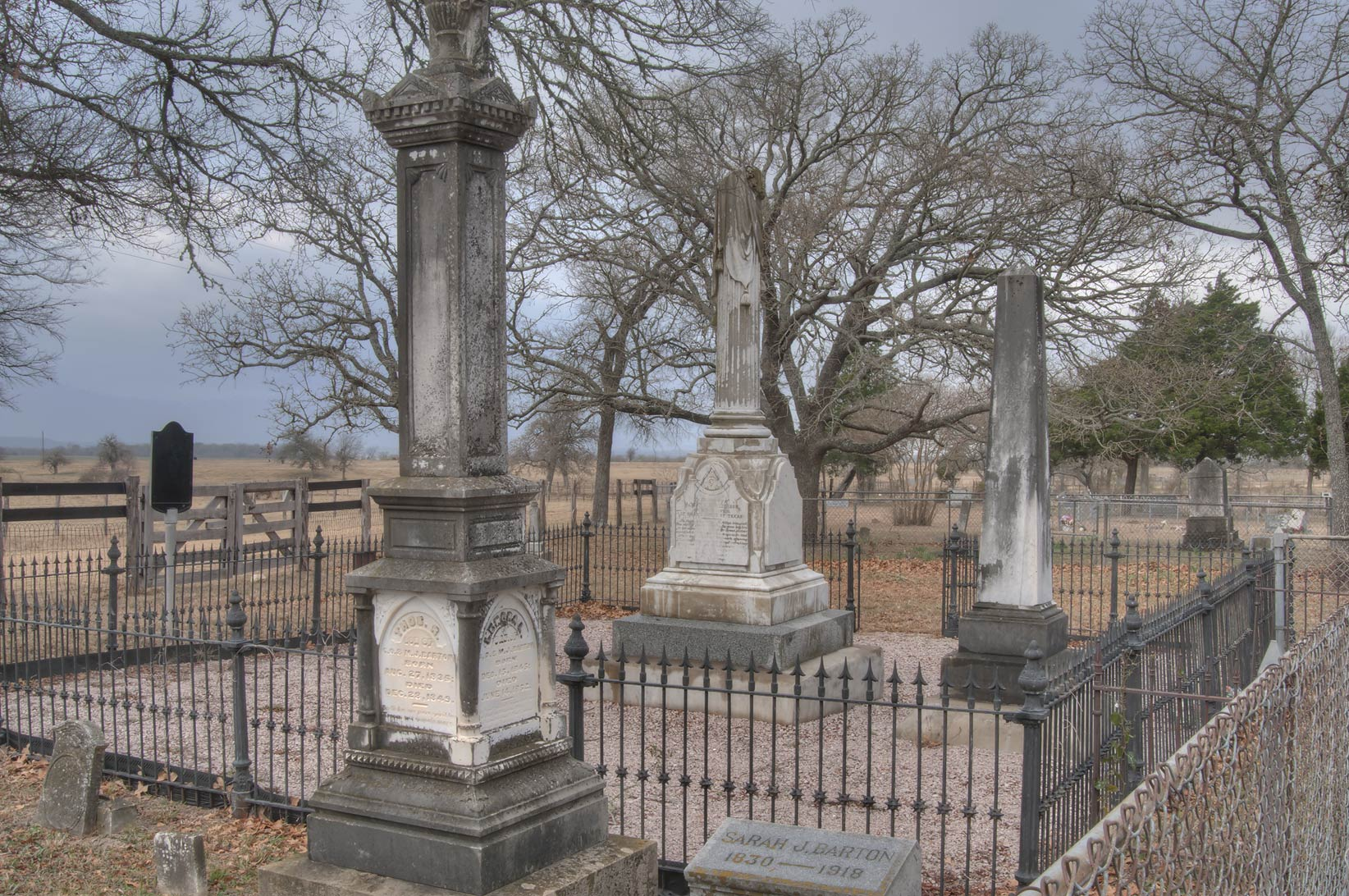Tombs of Port Sullivan Cemetery, west from Hearne. Texas