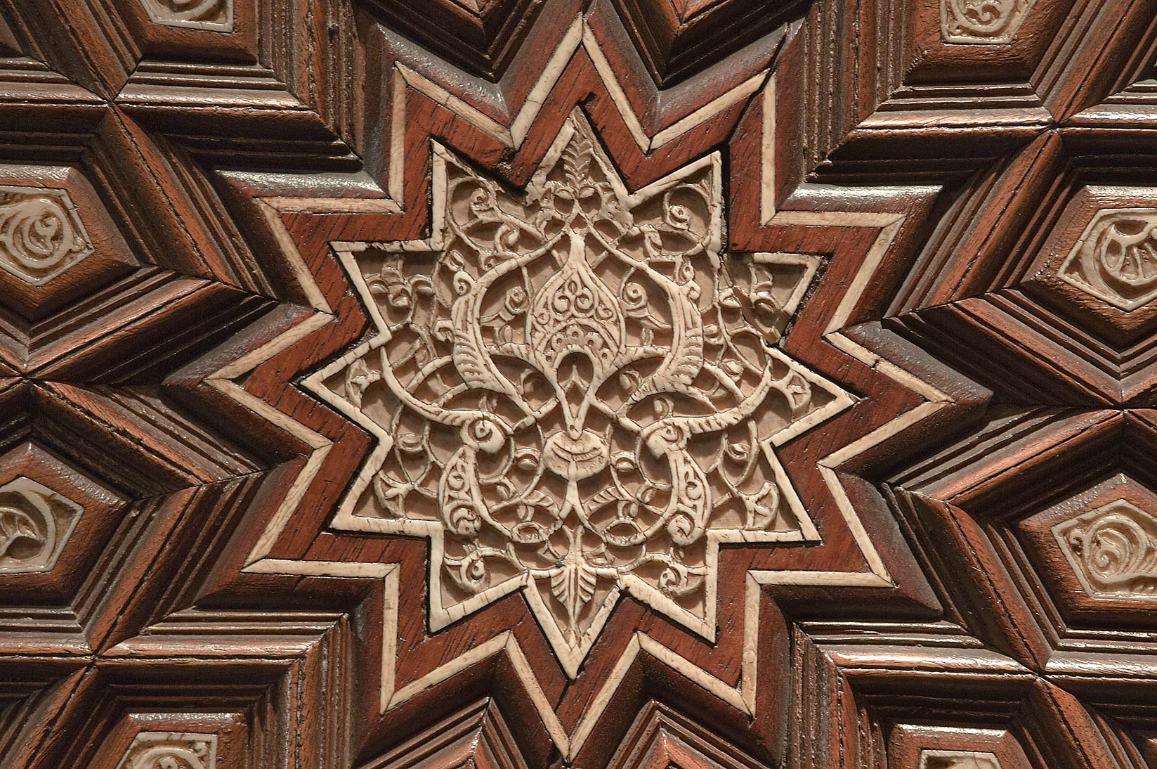 Brilliant Islamic Geometric Patterns Art 1647 x 1094 · 446 kB · jpeg