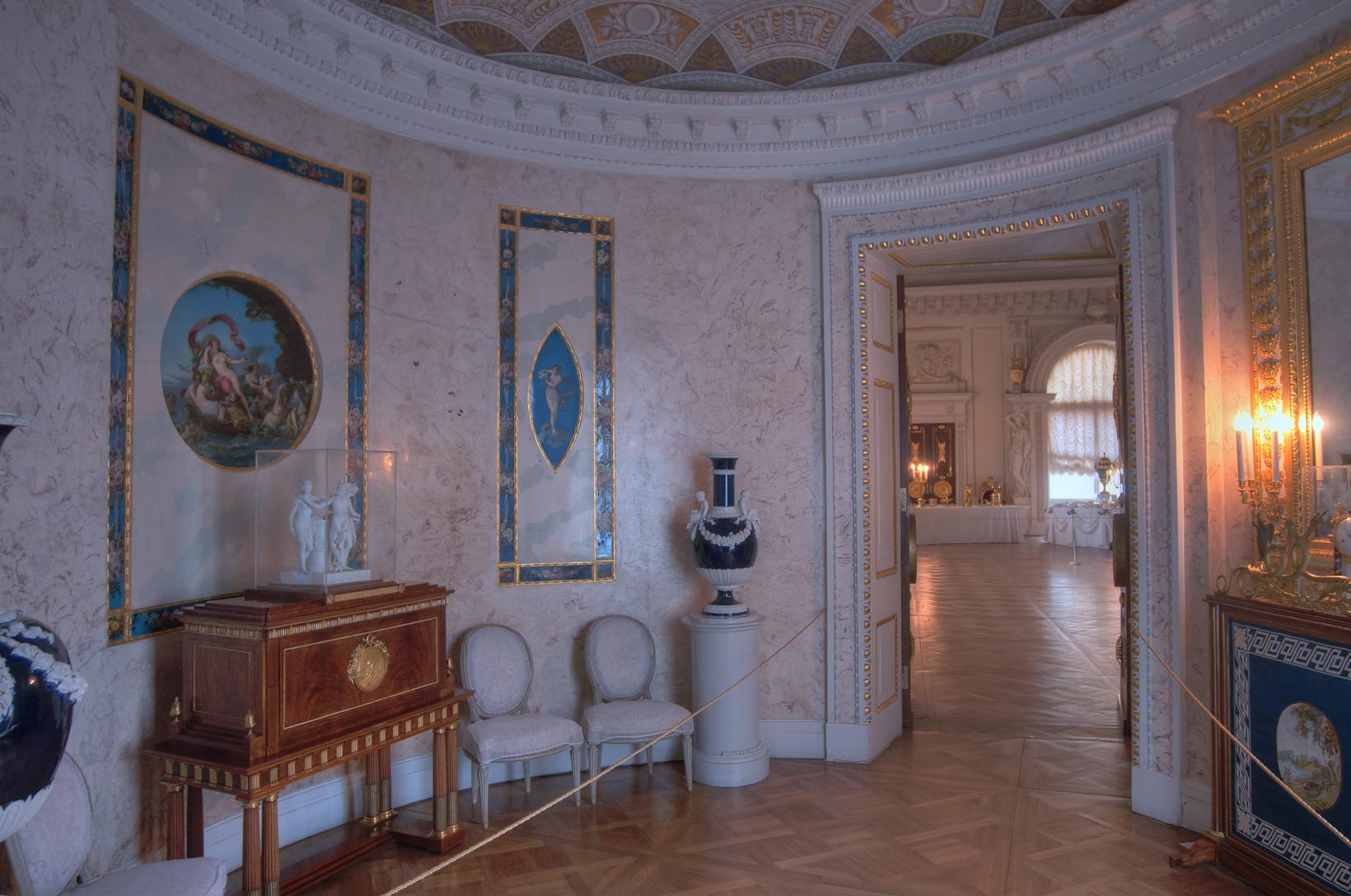 Round room in Pavlovsky Palace. Pavlovsk, a suburb of St.Petersburg, Russia