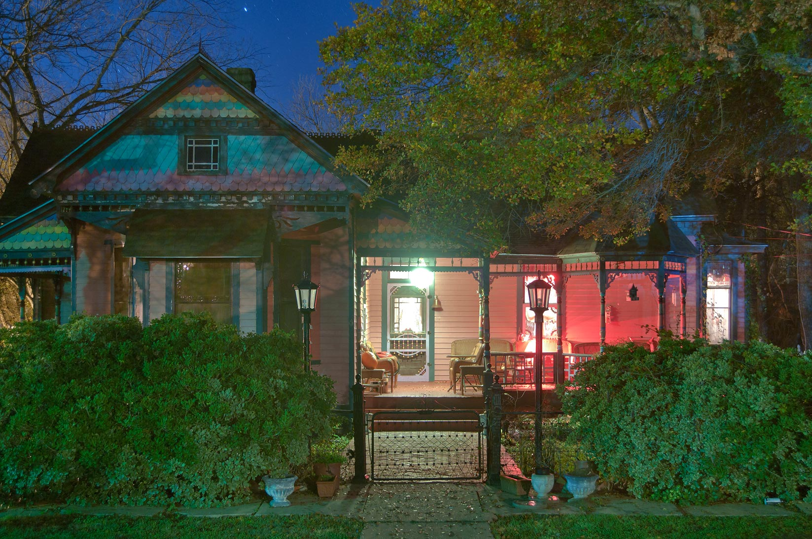 Fancher-Meredith-Mercer-Drennan-Cobb House (1885...a corner of Pine St.. Calvert, Texas
