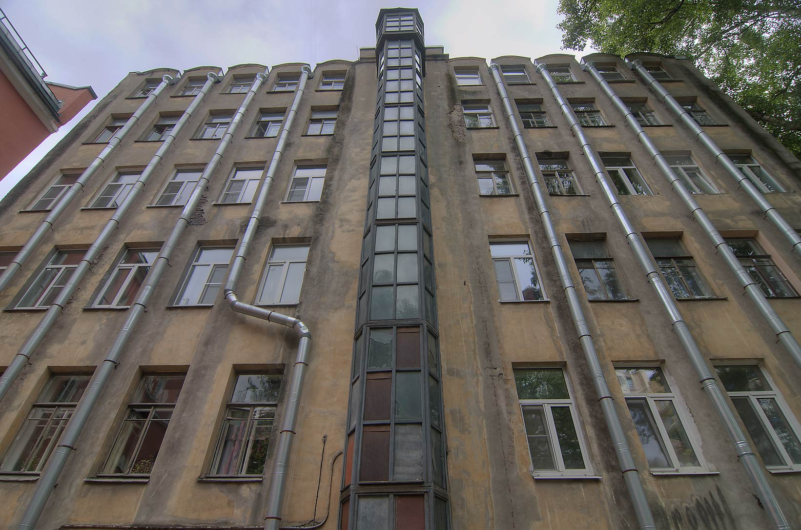 Organ pipe like facade in Petrogradskaya Storona neighborhood. St.Petersburg, Russia