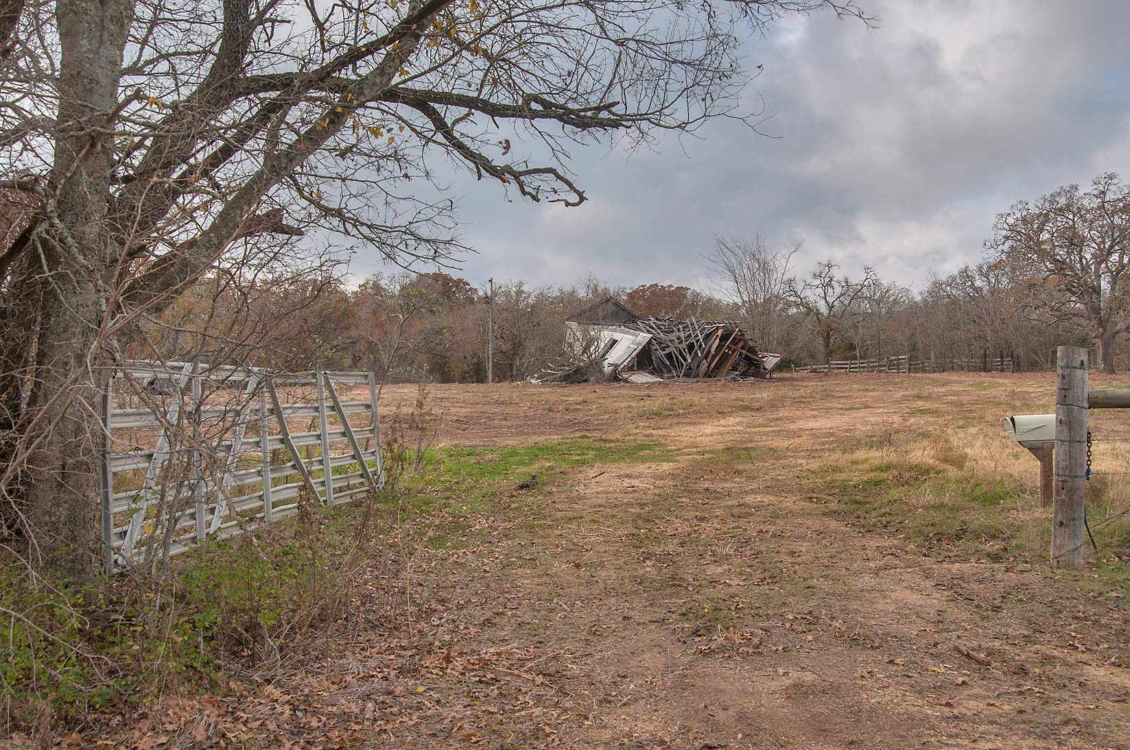 College Station-Bryant Station, Texas  - A ranch at Rd. 237 near Cameron. Texas
