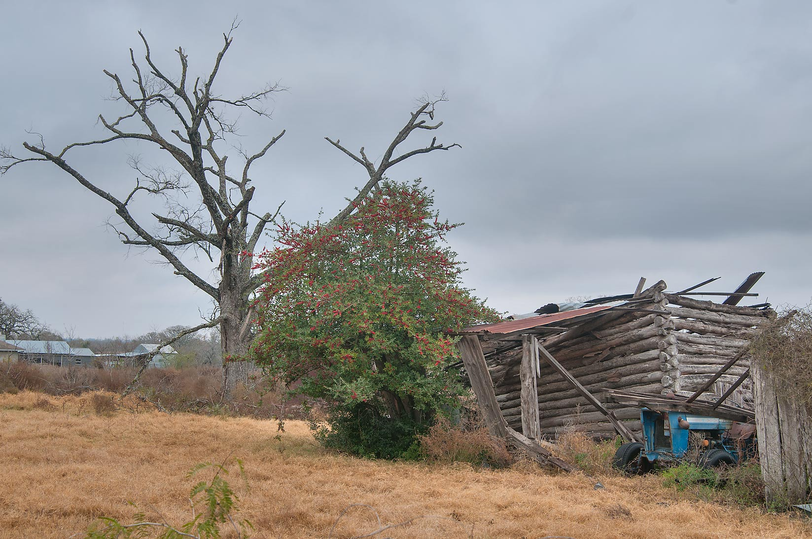 Abandoned farm at County Rd. 419 near North Zulch. Texas