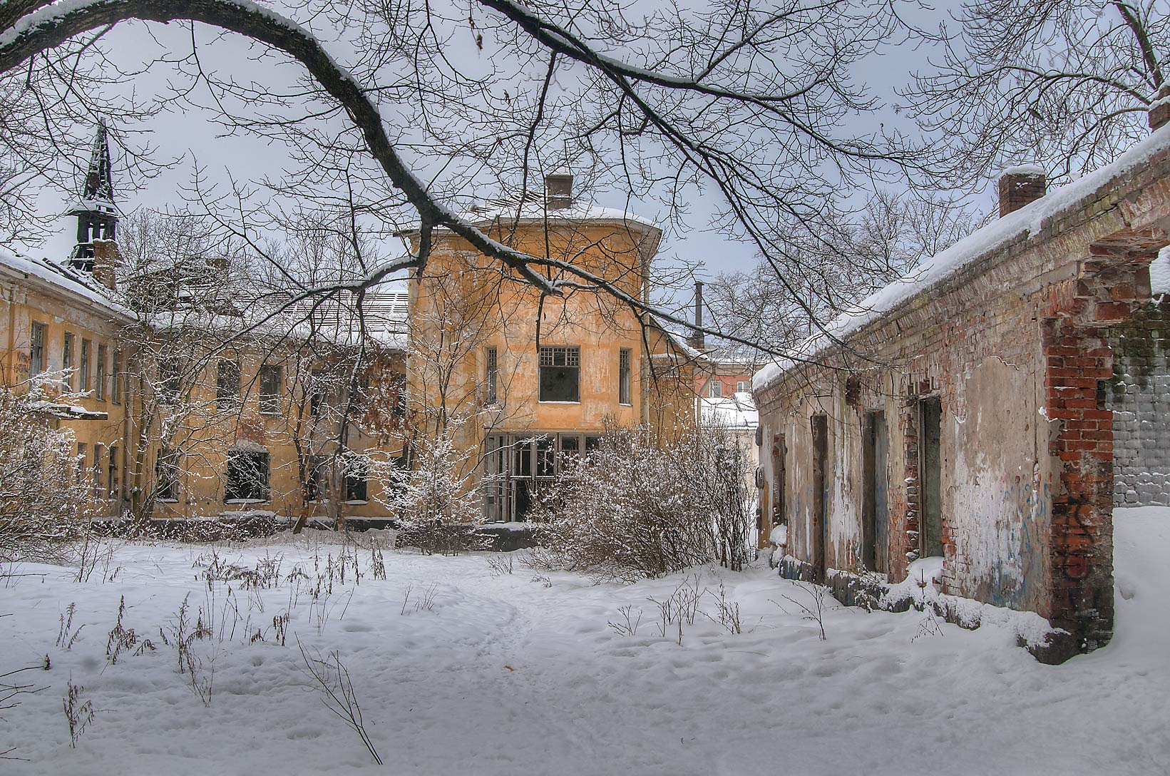 Courtyard of antituberculous hospital (former...part of St.Petersburg), Russia