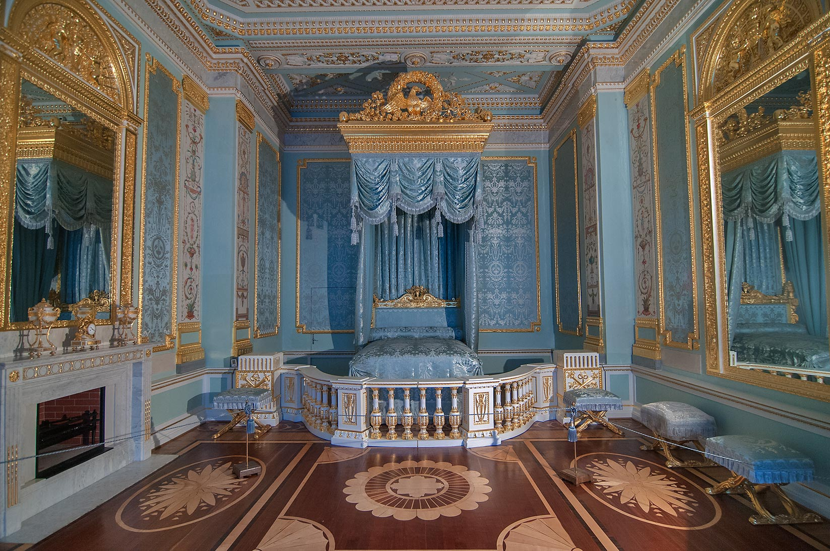 Photo 1151 22 Blue Draped Bedroom In Gatchina Palace
