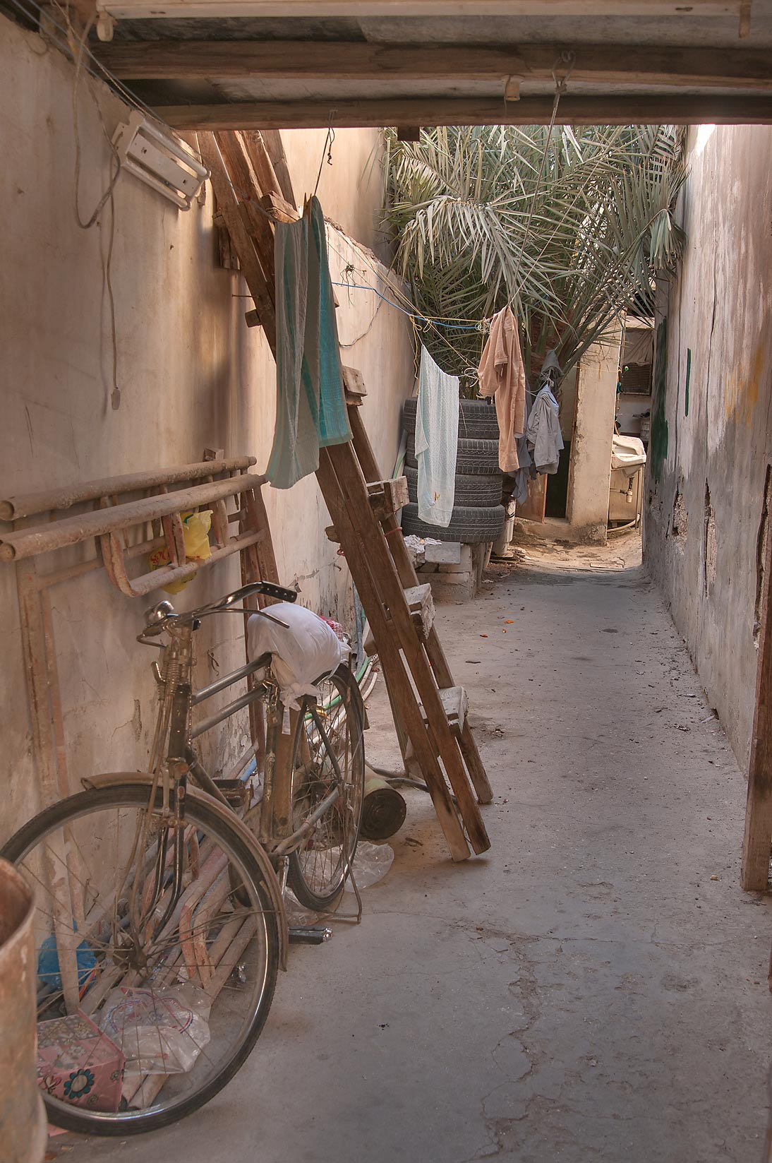 Yard passage near Ibn Abdul Muttalib St. in Old Ghanim area. Doha, Qatar