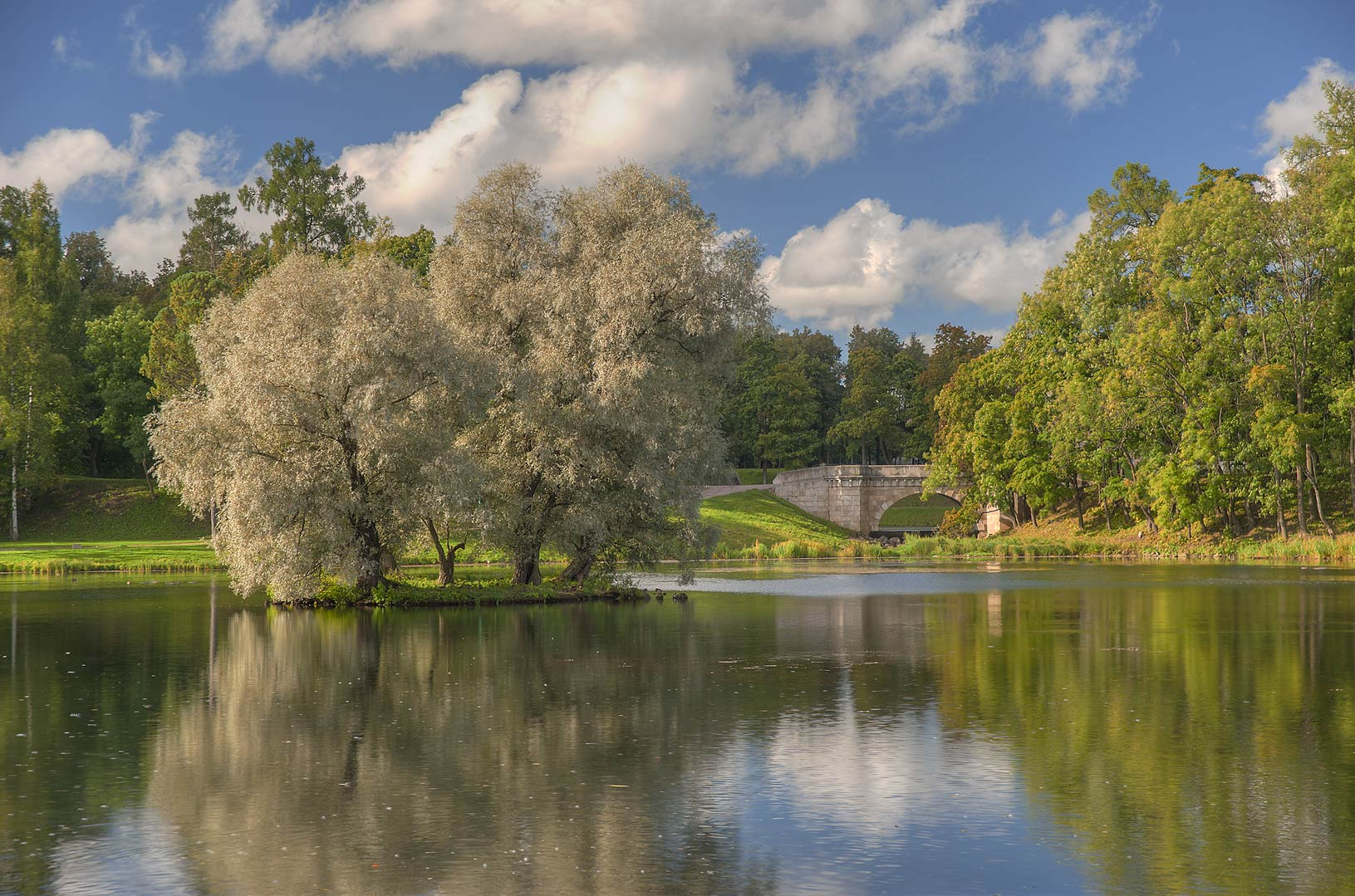 Swan Island in Beloe Lake in Gatchina Park. Gatchina, a suburb of St.Petersburg, Russia