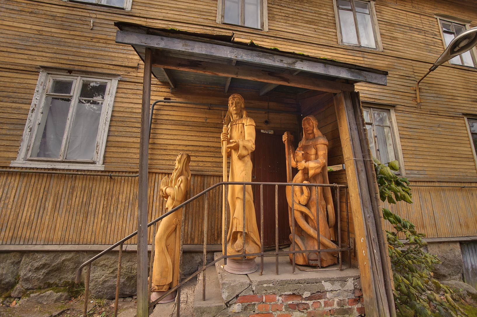 Wooden sculptures near Keppa St.. Vyborg, Russia