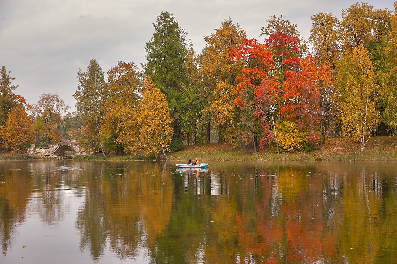 Fall colors of Beloe Lake in Gatchina, a suburb of St.Petersburg. Russia