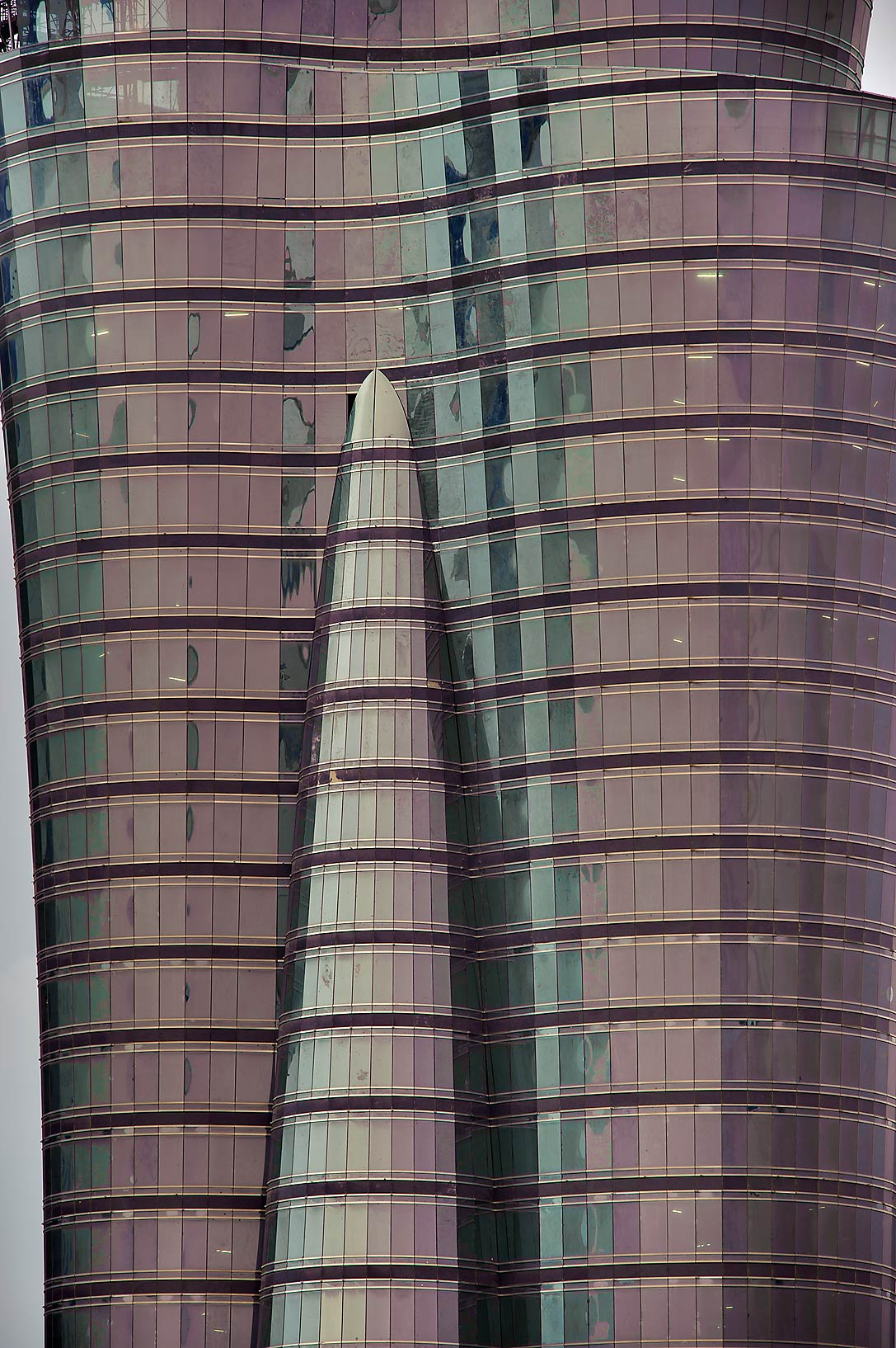 QIIB Tower (zoomed) in West Bay from Room 1604 of Dareen Tower. Doha, Qatar