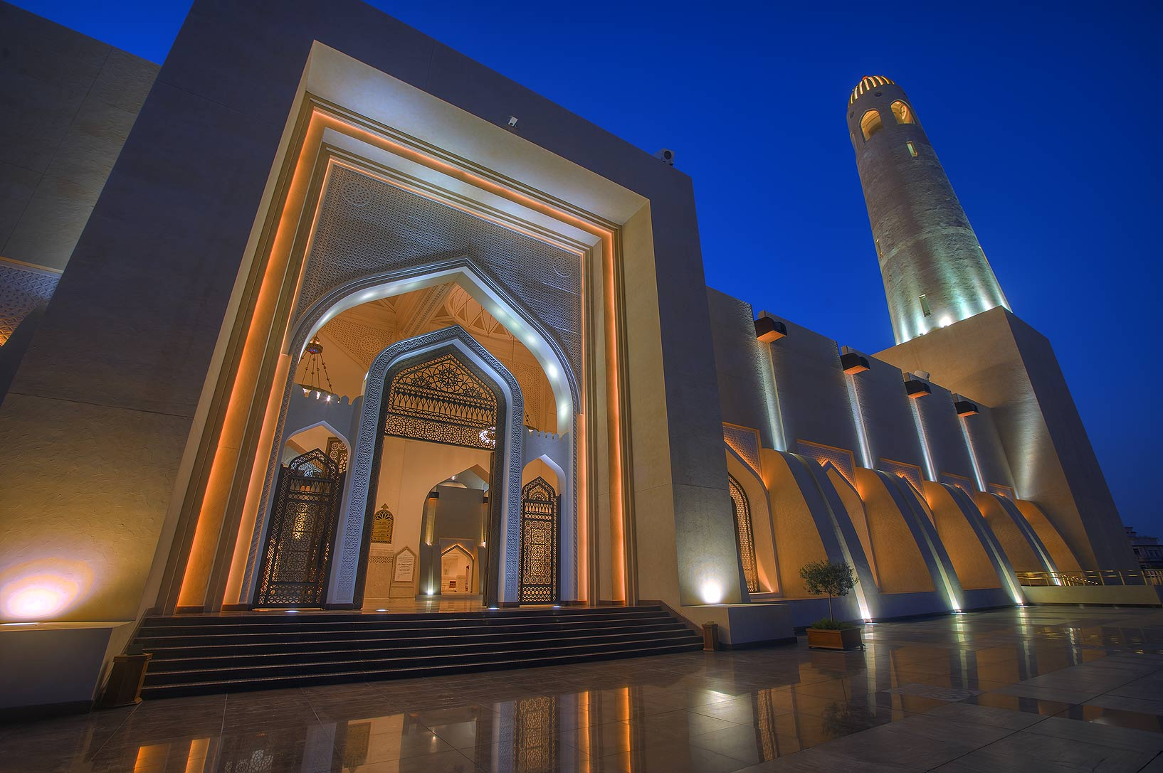 Gate of State Mosque (Sheikh Imam Muhammad Ibn Abdul Wahhab Mosque). Doha, Qatar