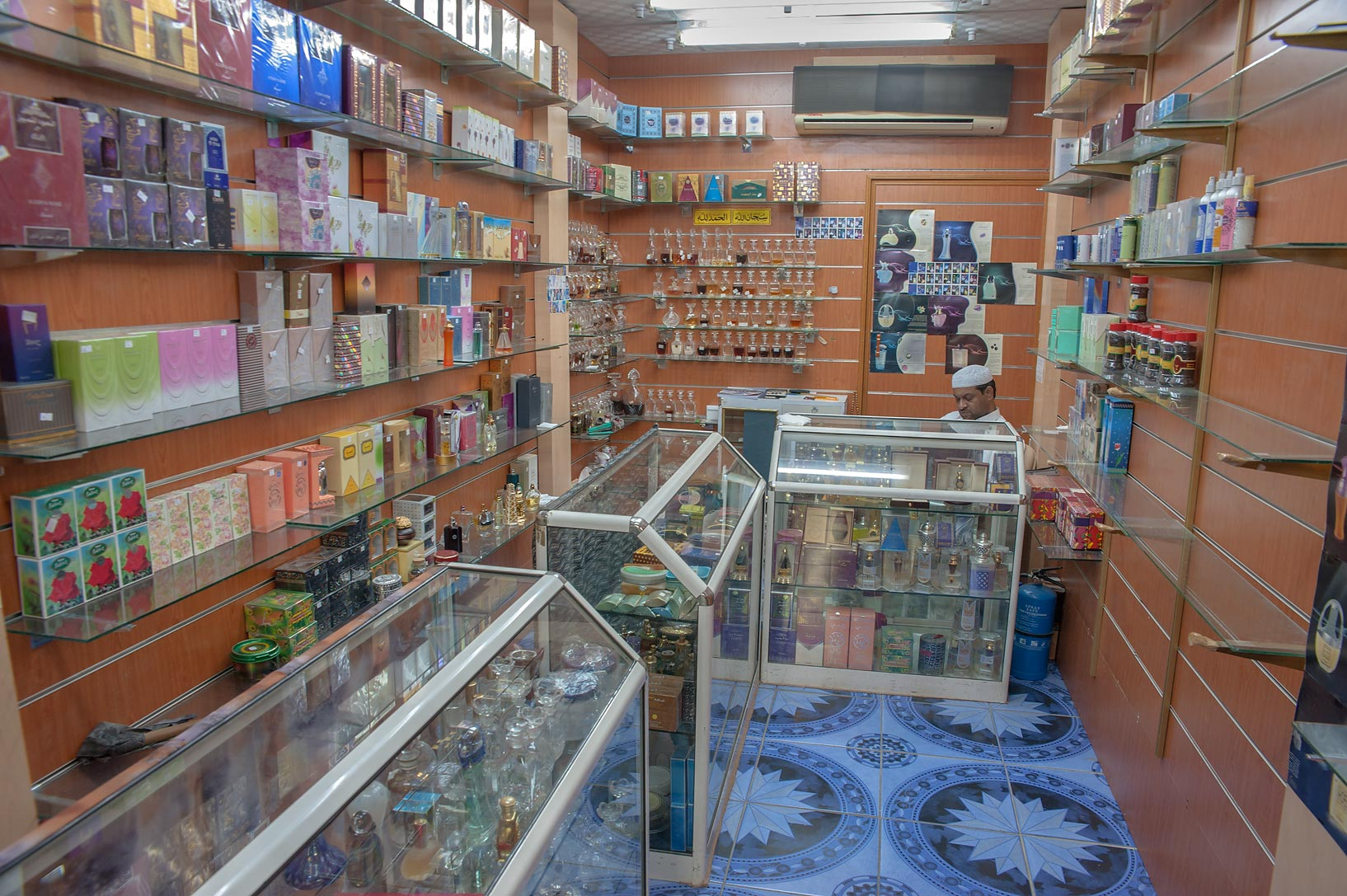 Fragrance shop in Souq Waqif (old market). Doha, Qatar