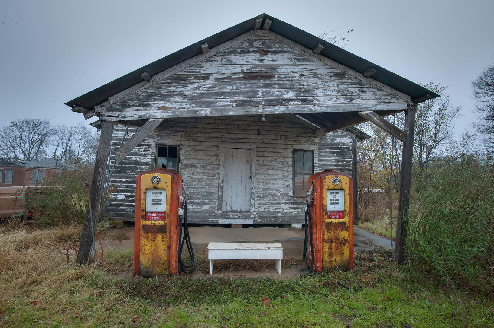 Huntsville-North Zulch, Texas  - Old gas station. North Zulch, Texas
