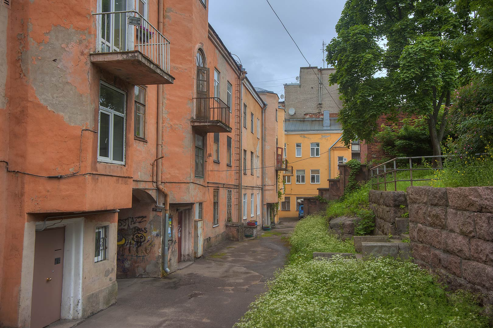 Courtyard on Krasina St.. Vyborg, Russia