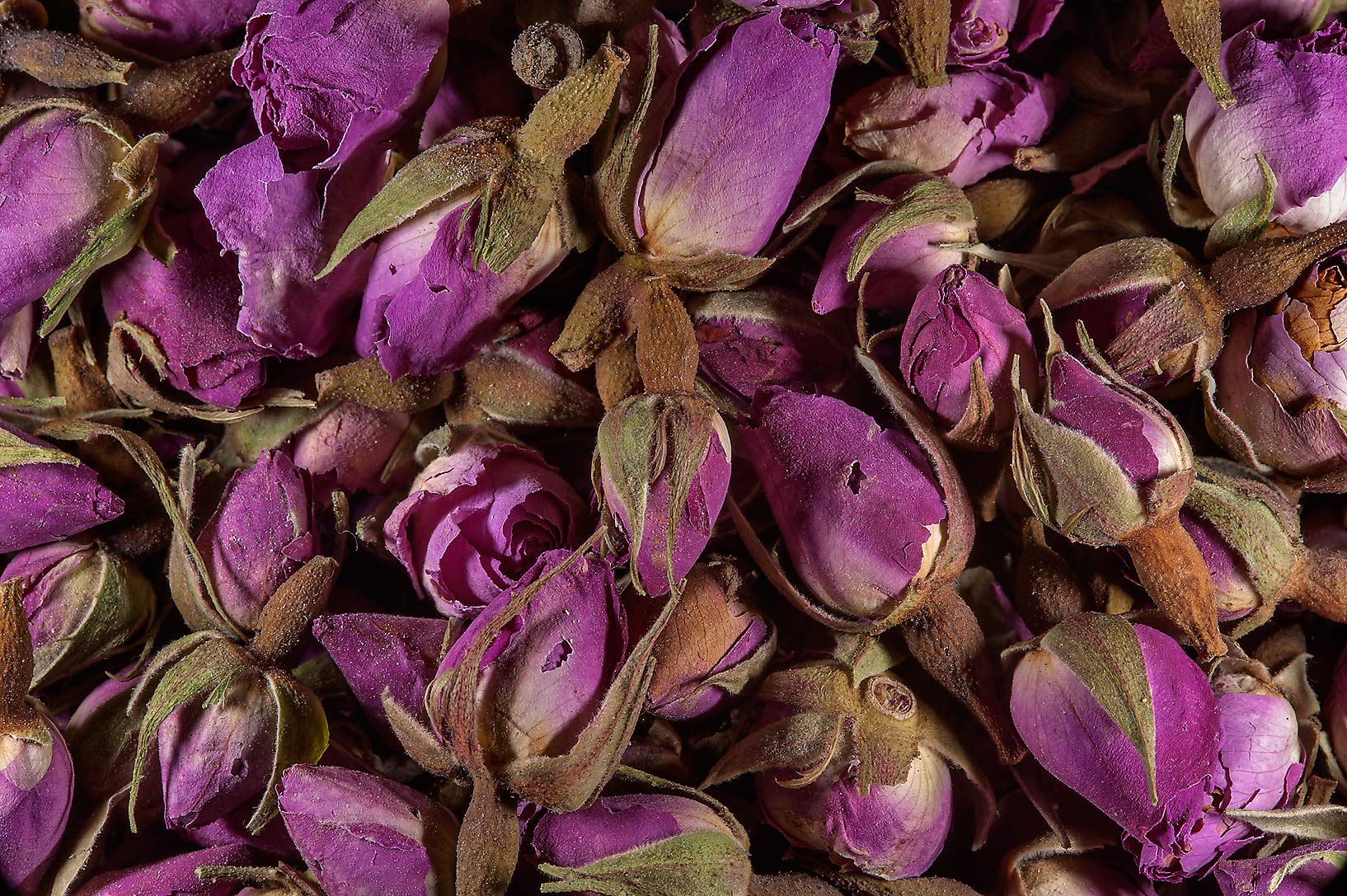 Rose flower in spice section in Souq Waqif (Old Market). Doha, Qatar