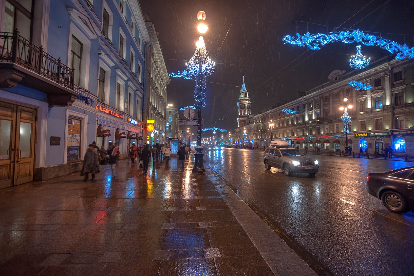 Nevsky Prospect west from Gostiny Dvor. St.Petersburg, Russia
