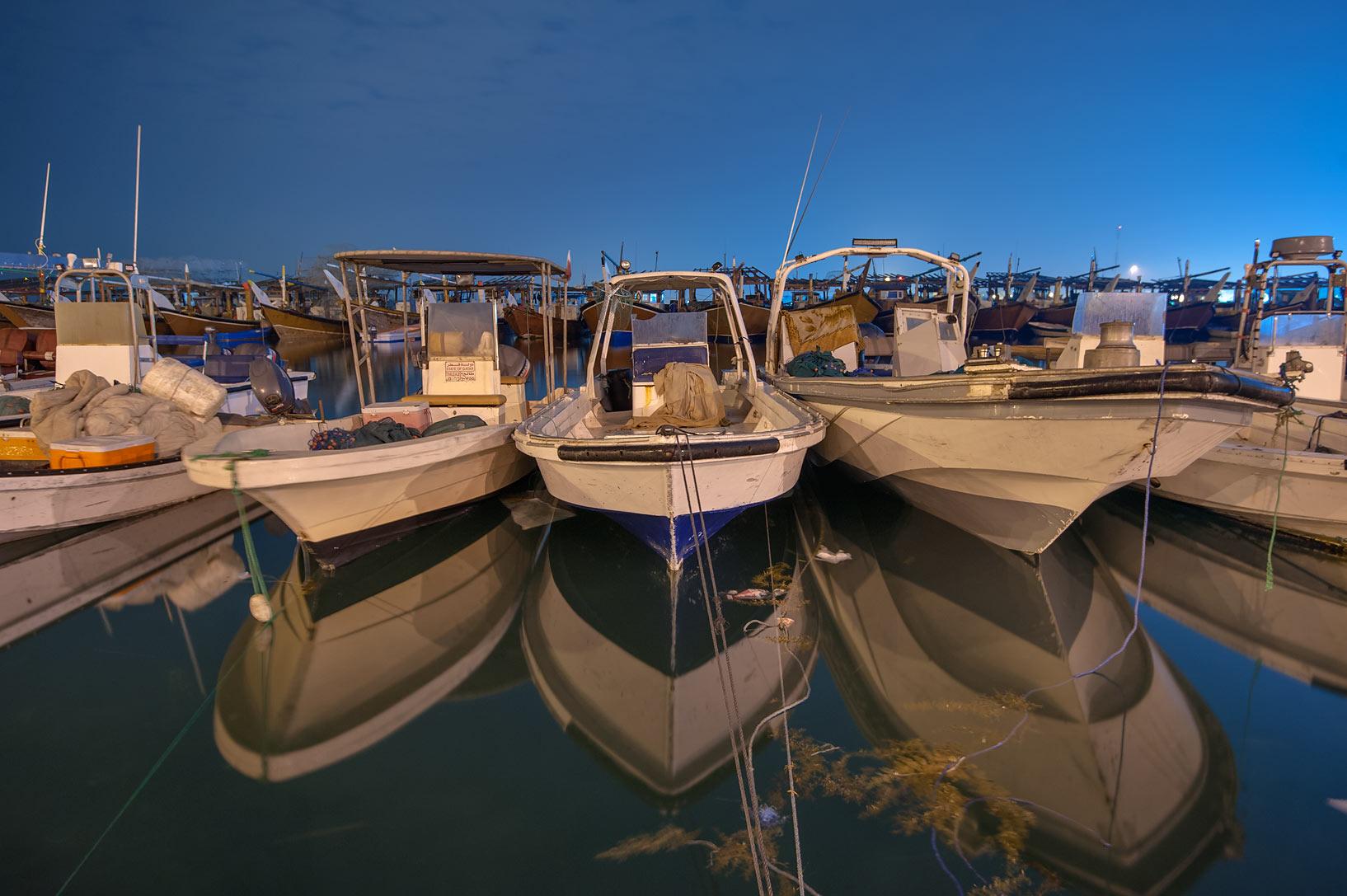 photo 148104 fishing boats in a port al wakra qatar